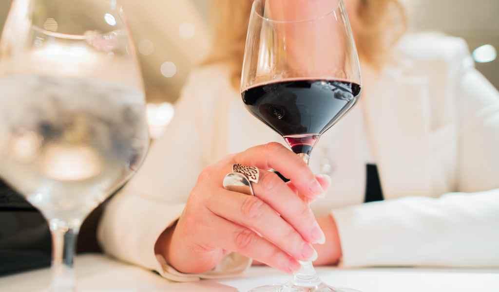 Лечение женского алкоголизма в Духанино анонимно